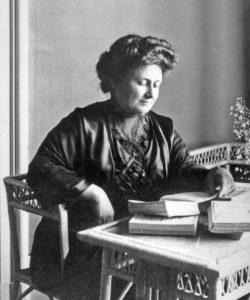 Maria Montessori : Qui était-elle ? Sa biographie
