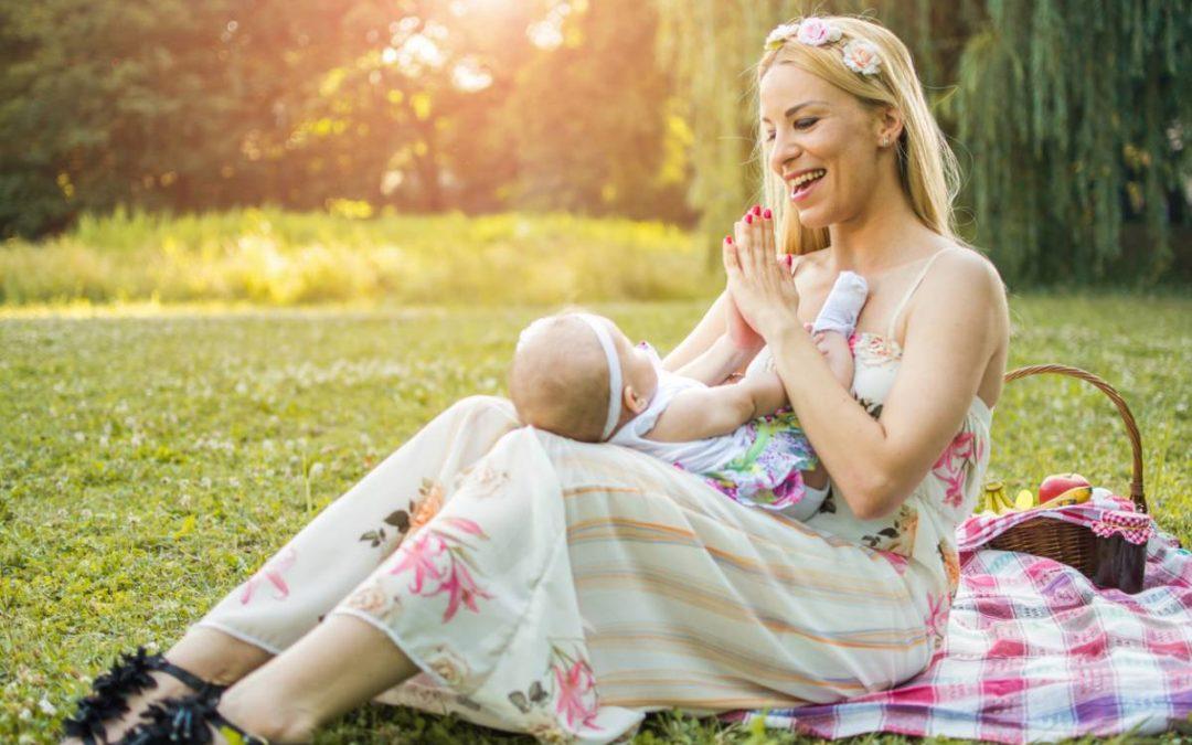 Chanter des chansons à son bébé : les bienfaits